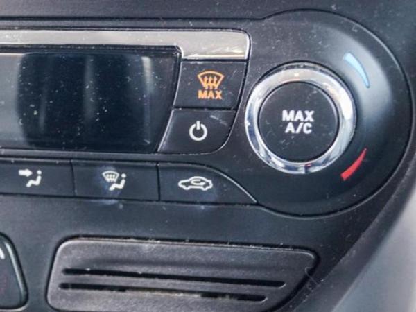 Ford Escape SE 2.0L 4X4 año 2013
