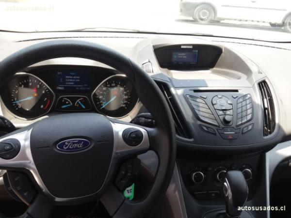 Ford Escape SE 2.0L ECOBOOST año 2015