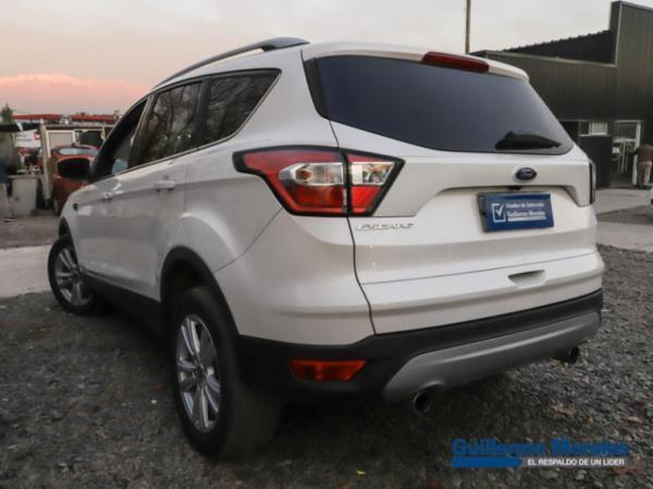 Ford Escape  año 2017