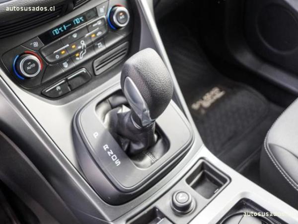 Ford Escape 2.0 SE ECOBOOST 4X2 año 2017