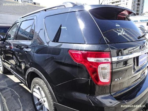 Ford Explorer XLT . 4X2 año 2012