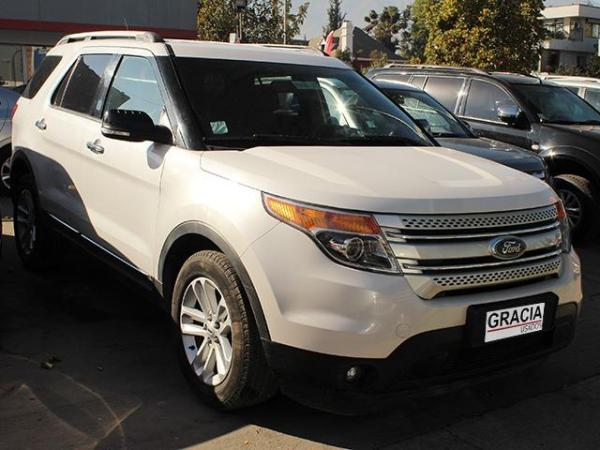 Ford Explorer XLT 3.5 4X2 AT año 2013