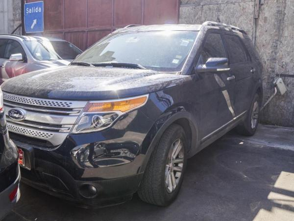 Ford Explorer XLT 3.5 AT 4X2 año 2014