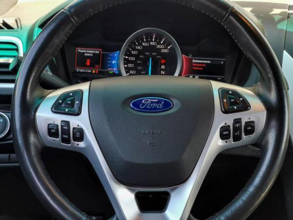 Ford Explorer LIMITED año 2015