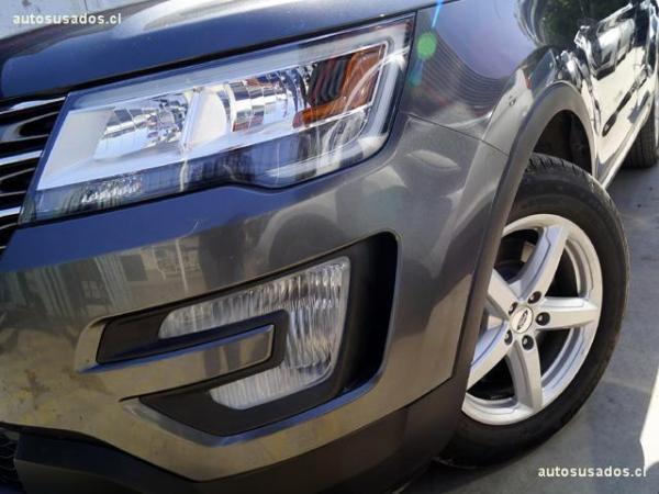 Ford Explorer XLT 3.5 4x2 3R. año 2017