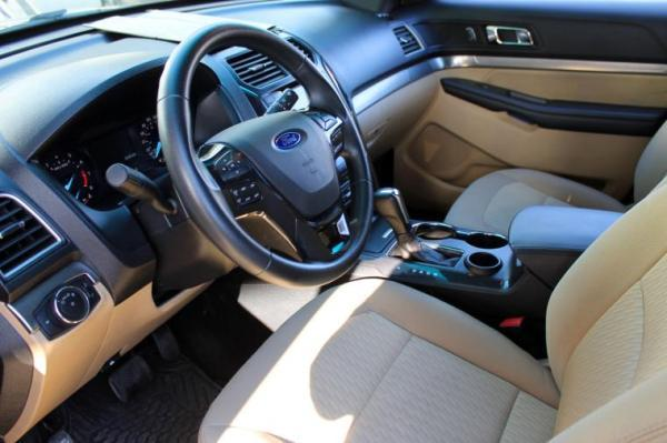 Ford Explorer LTD 2.3 4X2 año 2017