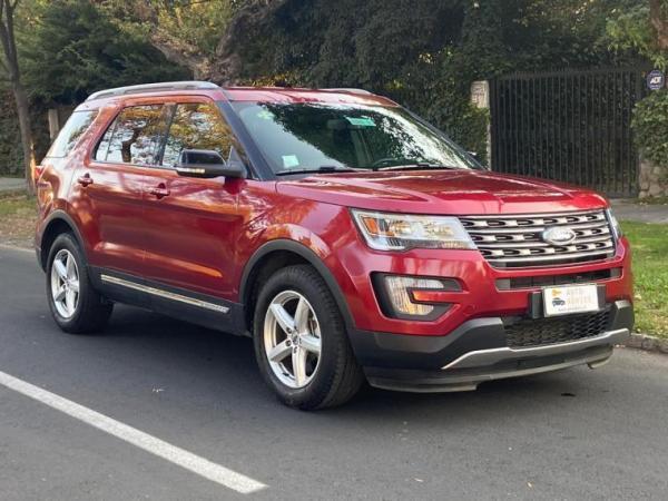Ford Explorer XLT año 2018