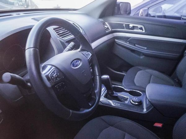 Ford Explorer XLT 3.5 4X4 año 2018