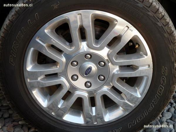 Ford F-150 PLATINUM 4X4 3.5 año 2013