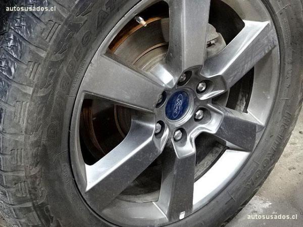 Ford F-150 LARIAT 5.0 4X4 año 2015