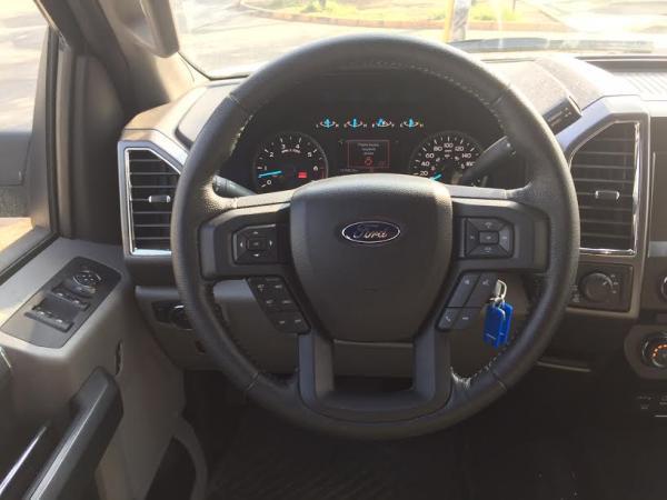 Ford F-150 XLT 5.0 4X4 DCAB año 2016