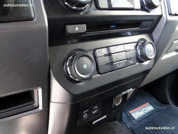 Ford F-150 XLT 4x2 año 2016