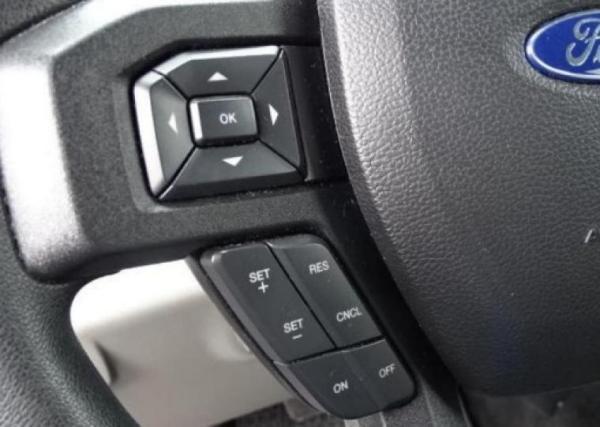 Ford F-150 XLT 4X2 año 2017