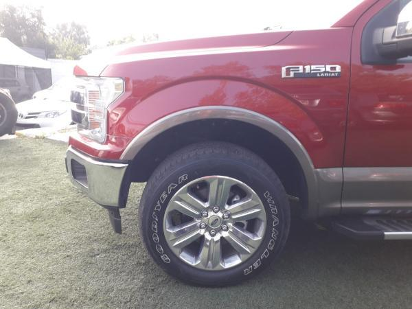 Ford F-150 Lariat Luxury 4WD año 2019