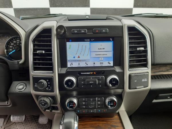 Ford F-150 Lariat CC4x4 5.0 L Luxury año 2020