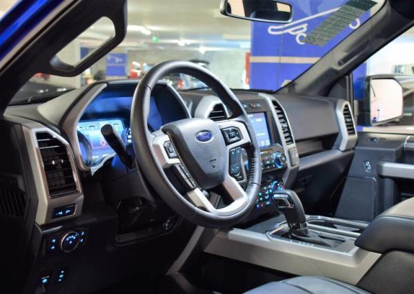 Ford F-150 5.0 LARIAT SPORT 3.500 año 2020