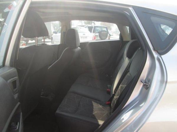 Ford Fiesta NEW 5 P SES TITANIUM 1.6 año 2014