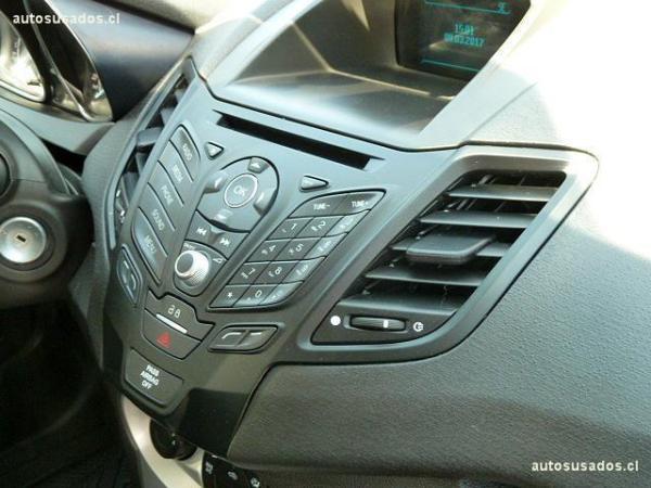 Ford Fiesta HB año 2016