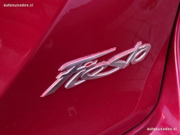 Ford Fiesta SE año 2016