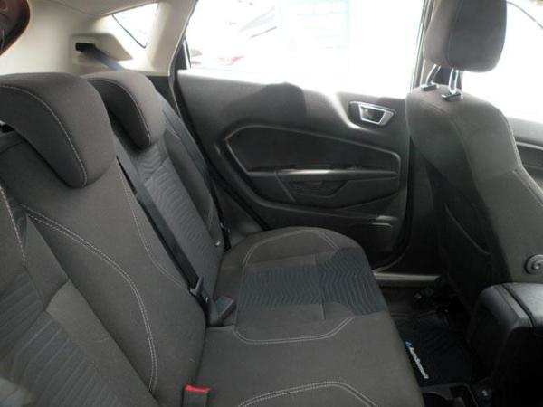 Ford Fiesta Fiesta Titanium 1.6 año 2017