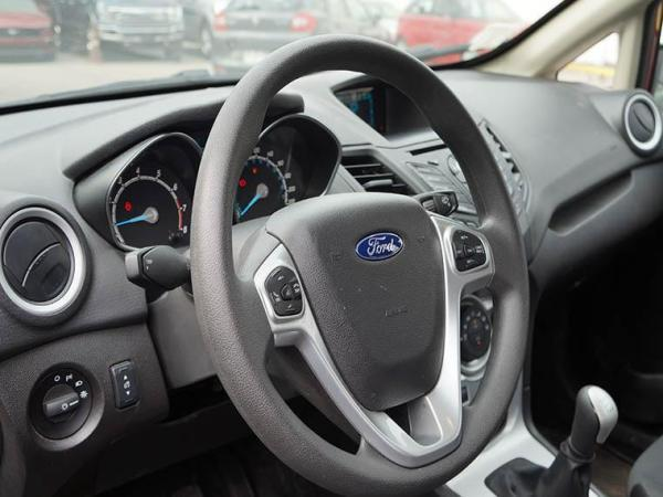 Ford Fiesta SE 1.6 año 2018