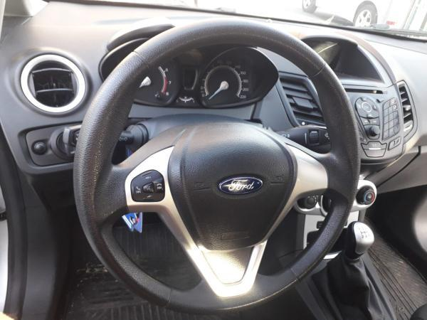 Ford Fiesta Fiesta HB 1.6 MT año 2019