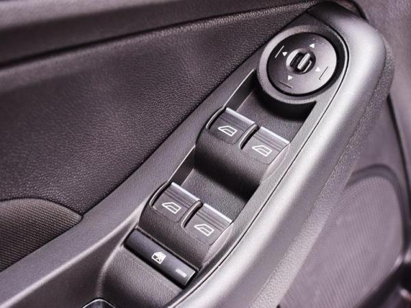 Ford Fiesta HATCHABACK año 2019