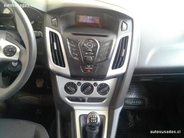 Ford Focus NEW HATCHBACK 2.0 año 2012