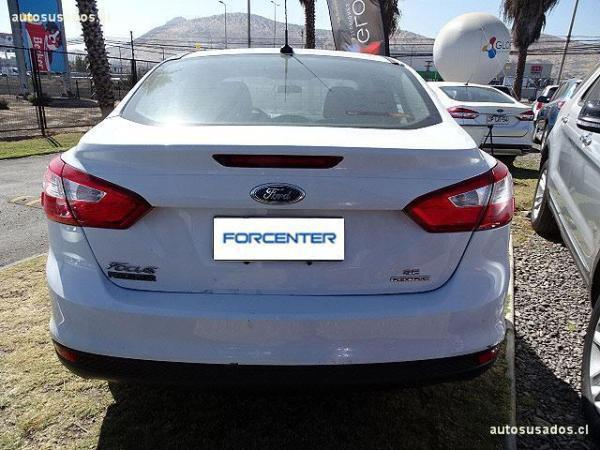 Ford Focus 4D SE 2.0L año 2013