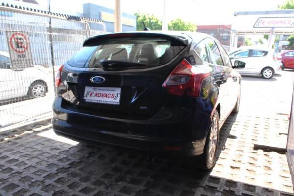 Ford Focus AT AC año 2013