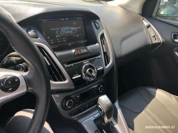 Ford Focus TITANIUM 2.0 . año 2014
