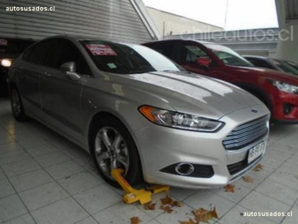 Ford Fusion SE 2.5 año 2015