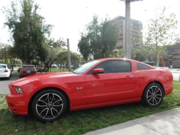 Ford Mustang  año 2013