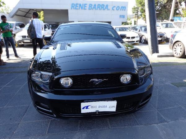 Ford Mustang 5.0 año 2013