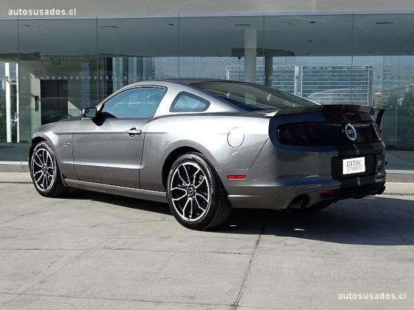 Ford Mustang 5.0 año 2014