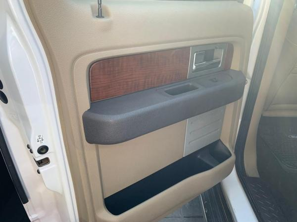 Ford New F150 LARIAT 4X4 5.4 año 2011