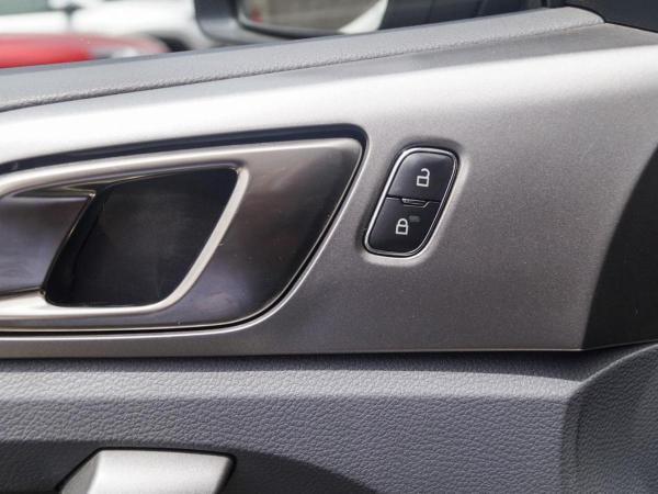 Ford Ranger XLT 4X2 3.2L año 2018
