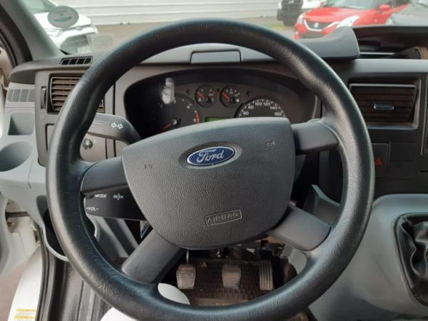 Ford Transit 2.4 año 2012