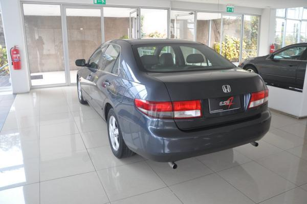 Honda Accord EX V6 año 2004