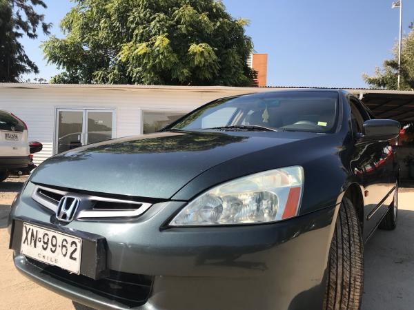 Honda Accord 2.4 EX L AT año 2004