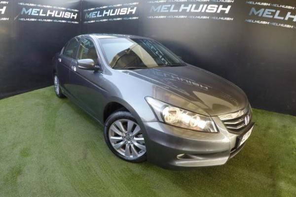 Honda Accord 71.000 año 2011