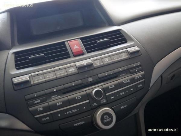 Honda Accord  año 2011