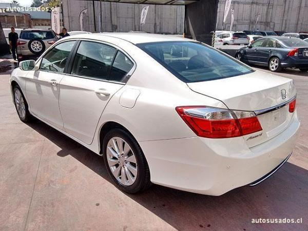 Honda Accord EX 2.4 . año 2013