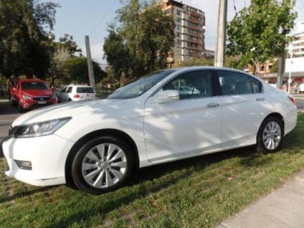 Honda Accord  año 2014