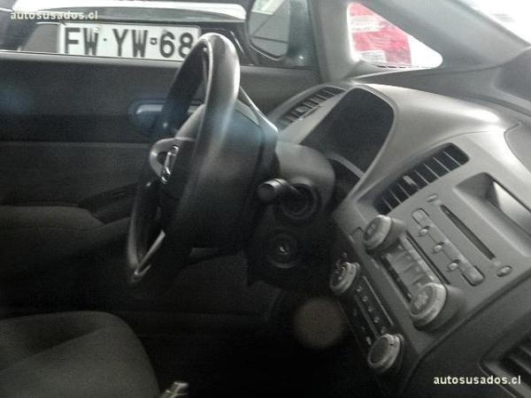 Honda Civic LX año 2010