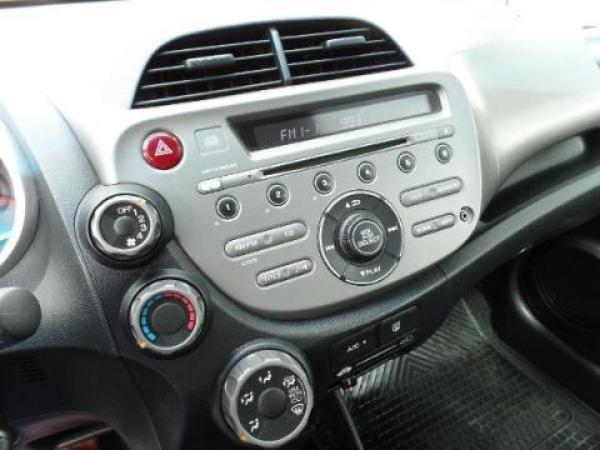 Honda FIT  año 2013