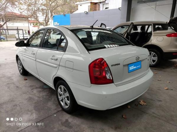 Hyundai Accent ACCENT MC 1.4 GL PS año 2009