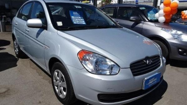 Hyundai Accent 1.4 GL año 2010