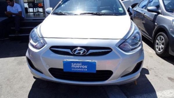 Hyundai Accent RB 1.4 GL año 2012