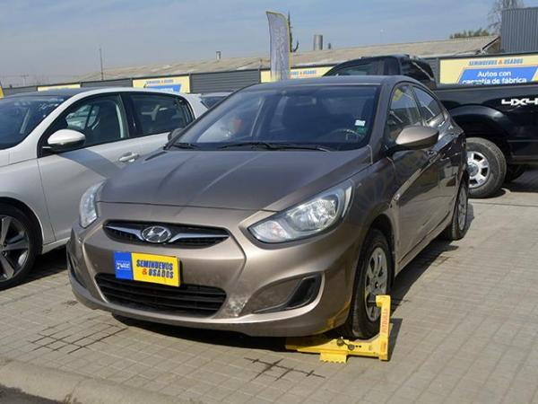Hyundai Accent ACCENT RB GL 1.4 año 2012